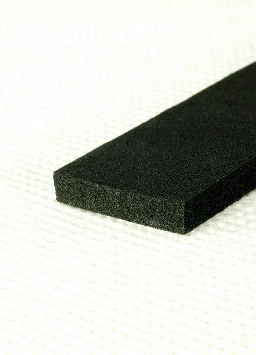 Nowość Uszczelka olejoodporna samoprzylepna 15x3mm czarna (175m) ZE45